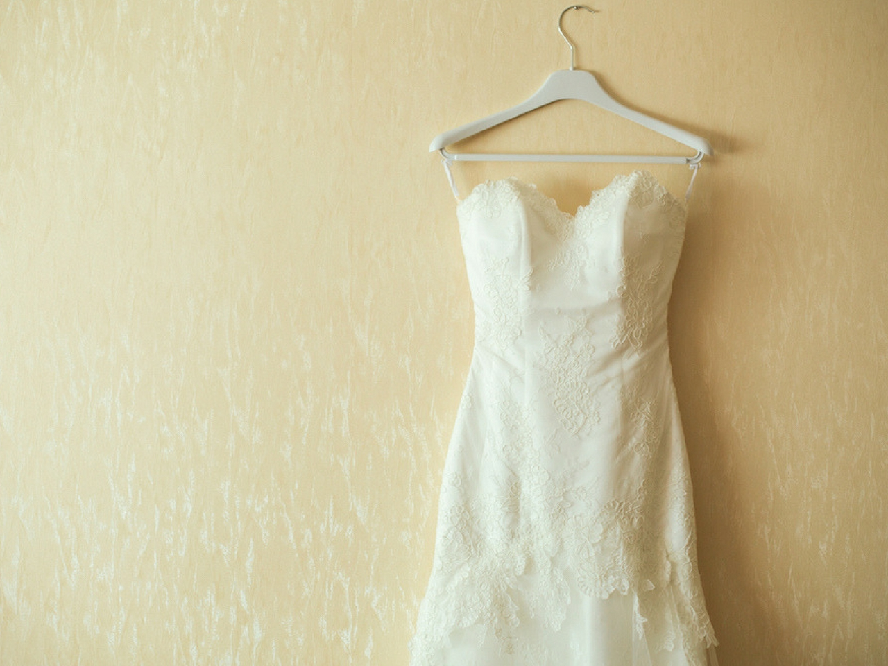Custom gown vs pre made off the shelf bryony jayne for Off the rack wedding dresses melbourne