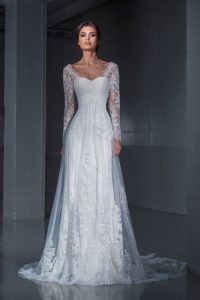 sleeve trends for autumn wedding dresses